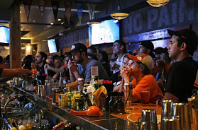 The 10 Best Sports Bar & Pub Franchise Businesses in USA for 2020